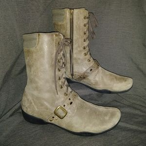 Taos Cadette Distressed Leather Boots